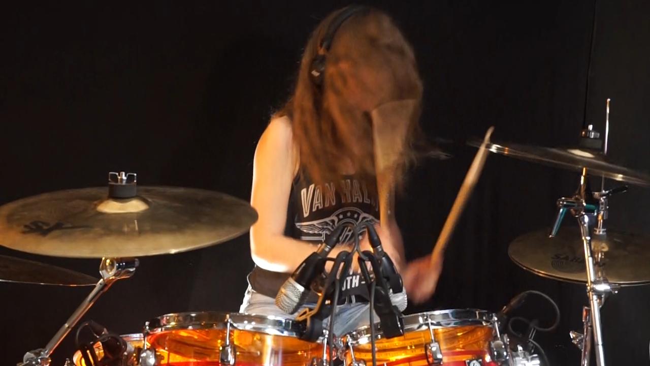 Pin by Roel Shawn on BucketList. | Drums, Drums girl